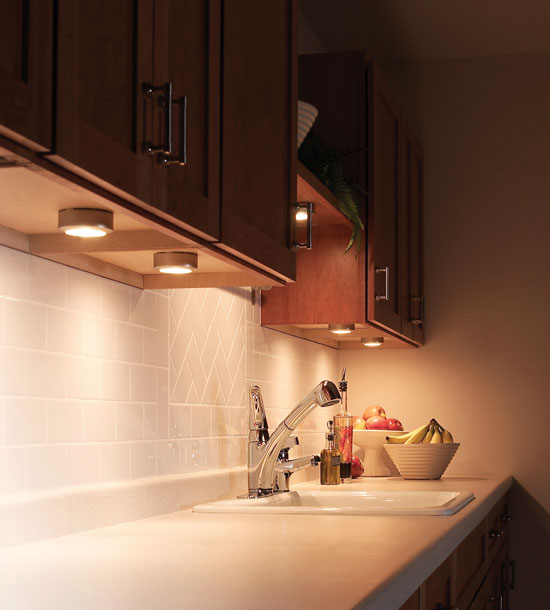 Aw extra 112212 undercabinet lighting popular woodworking magazine aloadofball Choice Image