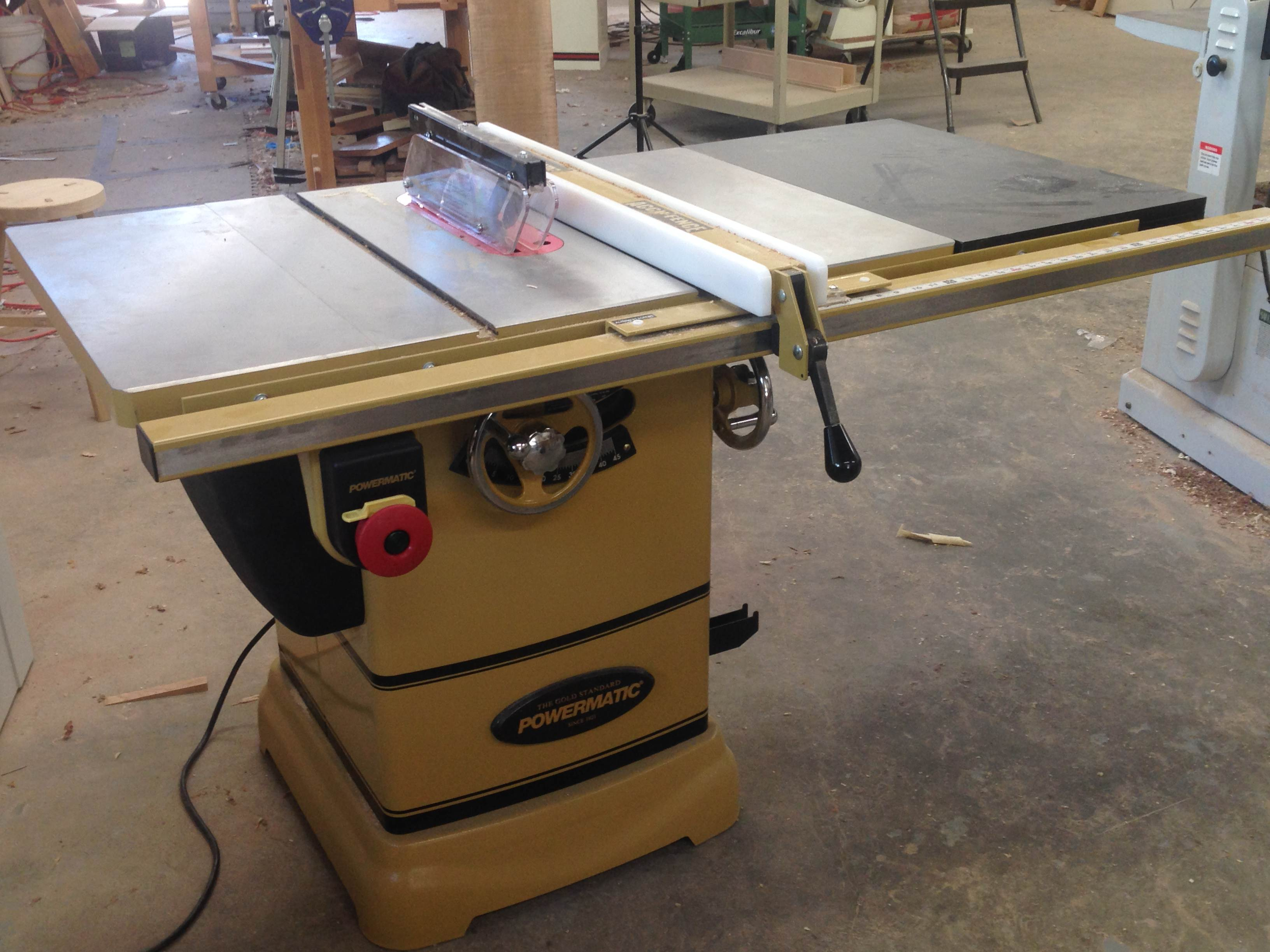 the powermatic pm 1000 table saw brings power to the people rh popularwoodworking com powermatic table saw price powermatic table saw 64a