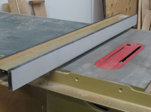 How to remove reface a biesemeyer table saw fence start at on e greentooth Image collections