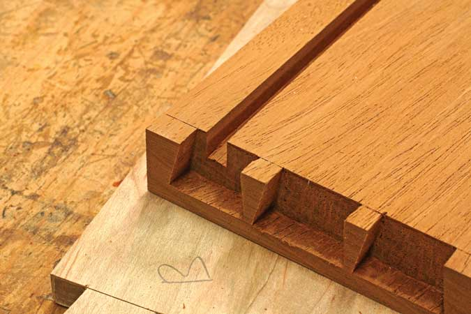 dovetailed drawers bottom groove