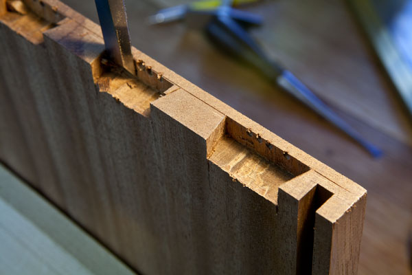 making a blind dovetail joint