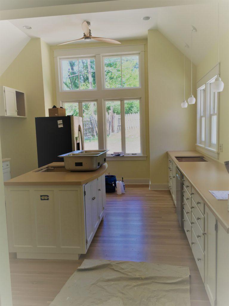 Finished kitchen with Blum Tandem slides