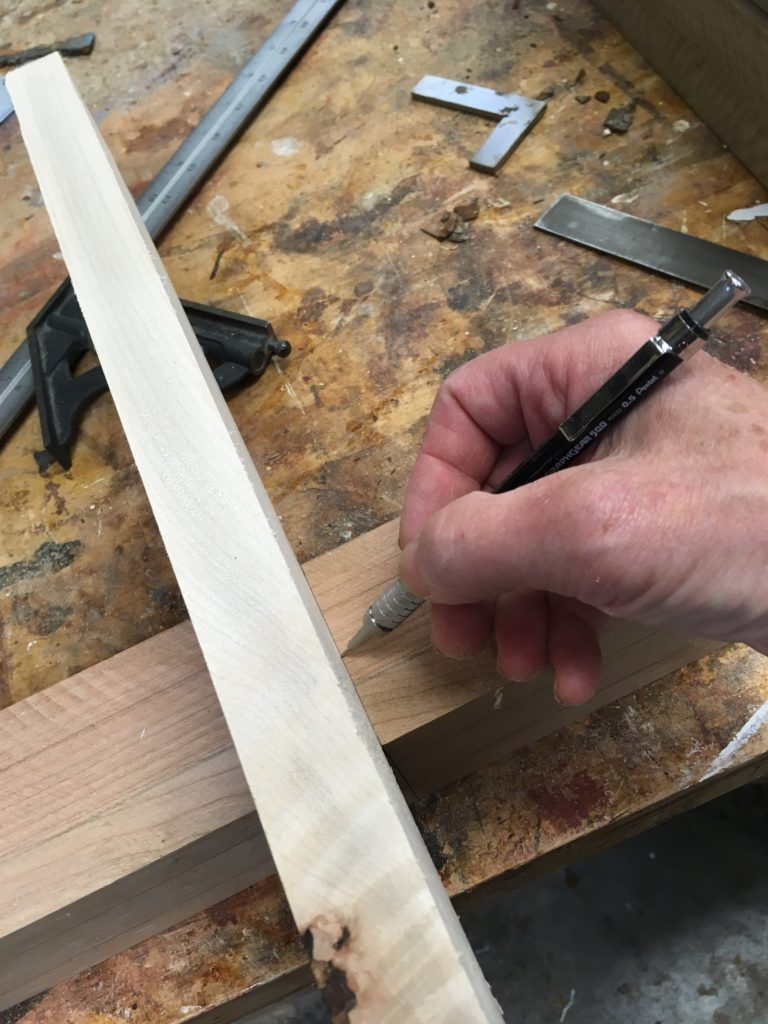 A notched, tenoned joint for stretchers of tables and chairs