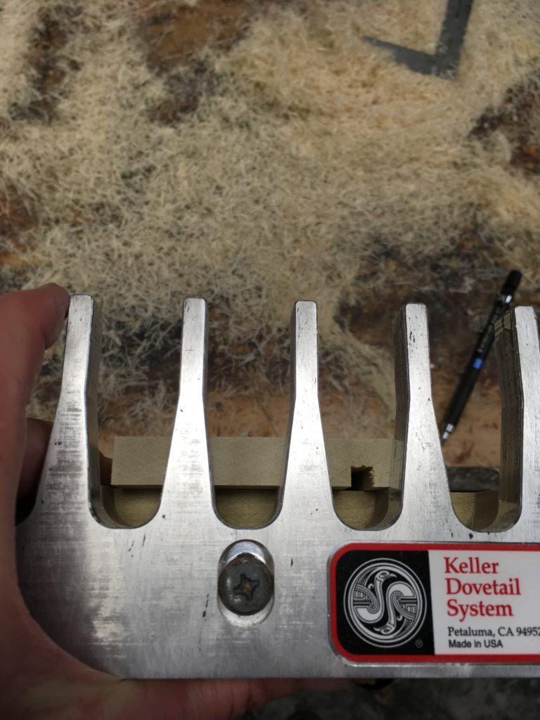 cutting dovetails with a keller jig