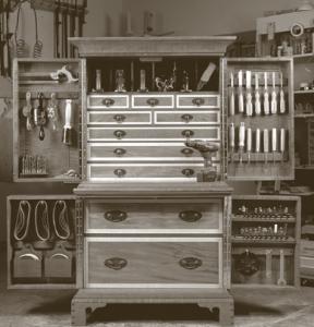 Huey tool cabinet