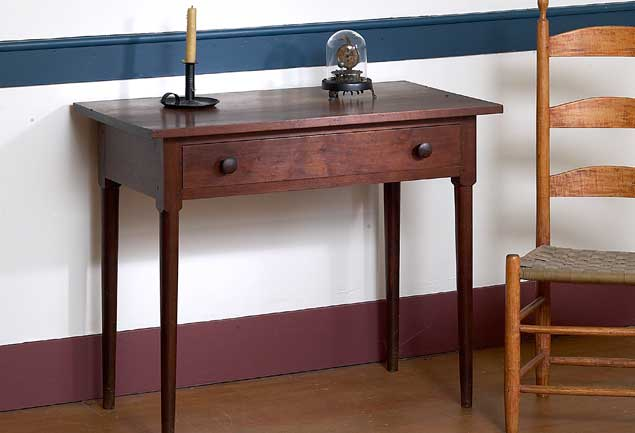 The Legs On This Table Exhibit The Typically Abrupt Pleasant Hill  Transition From Square Upper Section To Turned Lower Section.