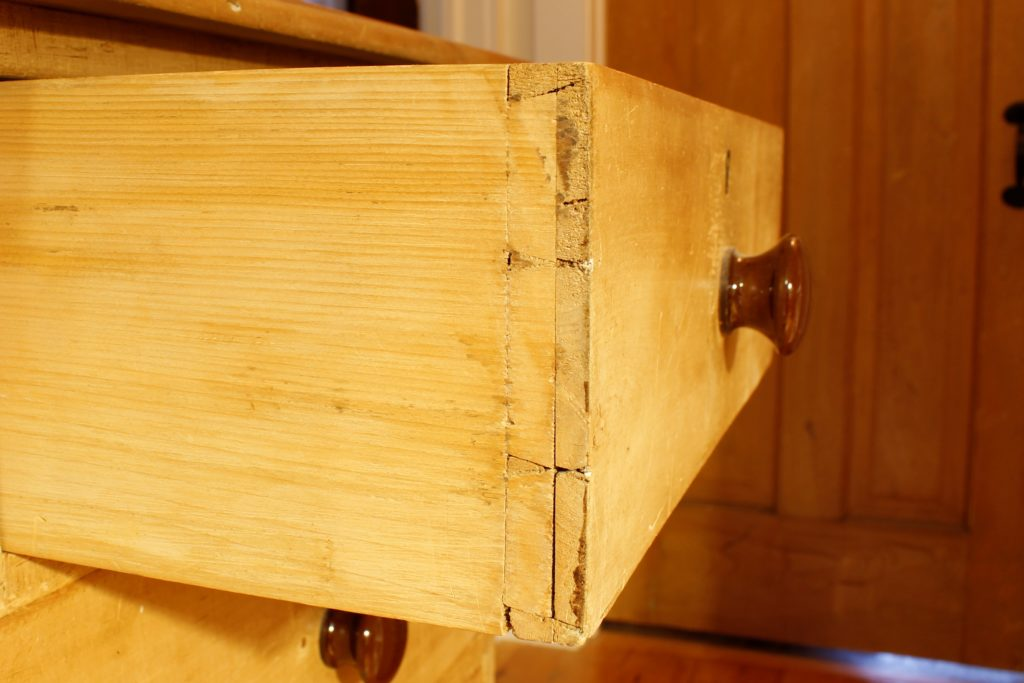 Utility dovetails