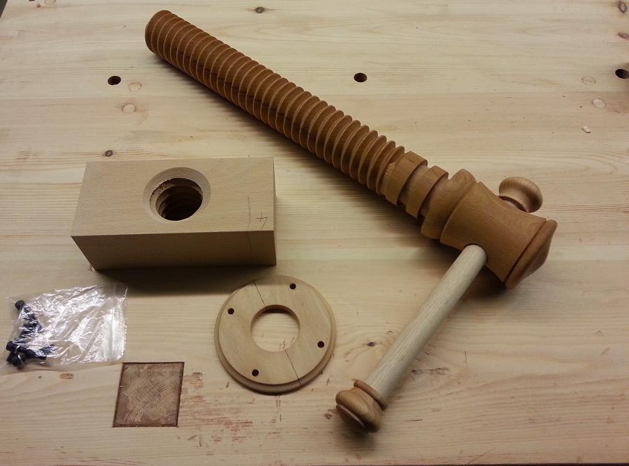 Wooden Vice Screw 2