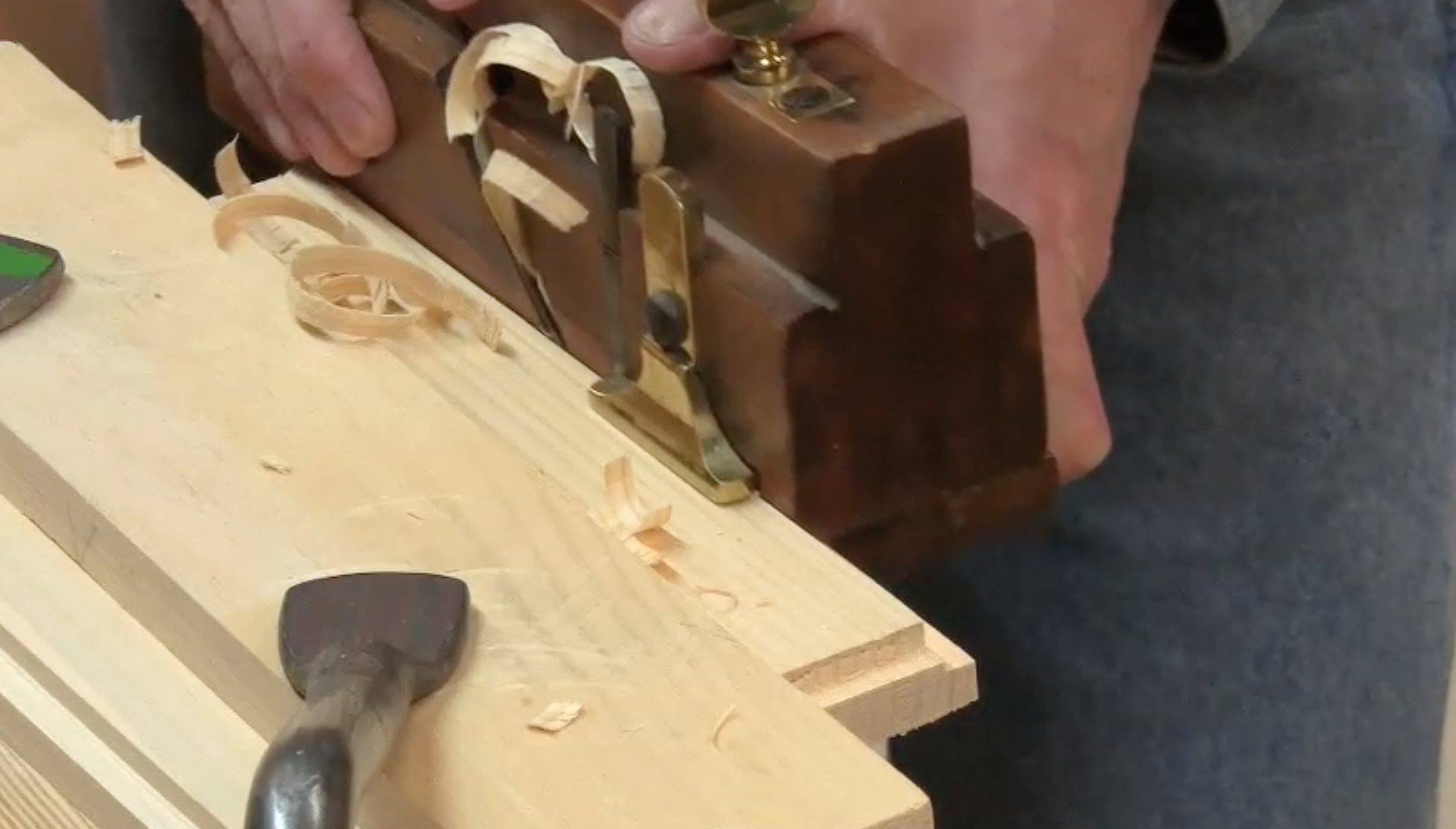 Making Rabbets with Woodworking Hand Tools - Popular Woodworking Magazine