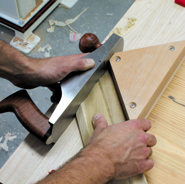 miter shooting board in use