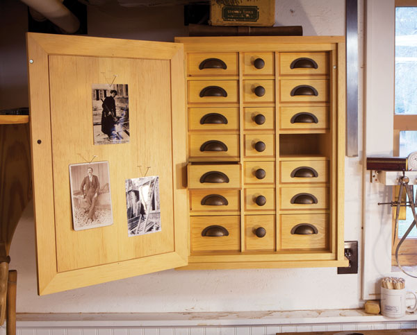 Roy Underhill's Nail Cabinet - Popular Woodworking Magazine