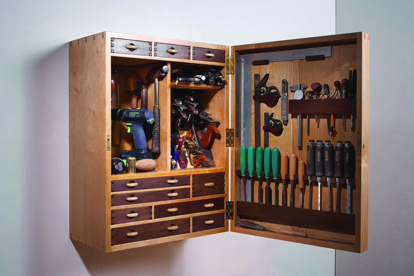 A classic form from the New Lebanon Shaker community is easy to build in a few hours. By Christopher Schwarz Page 48-49 & Shaker Wall Cupboard - Popular Woodworking Magazine