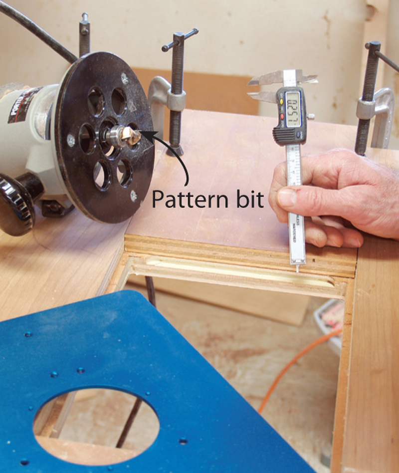Simple router table popular woodworking magazine keyboard keysfo Images