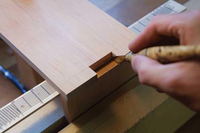 sliding lid box transfer