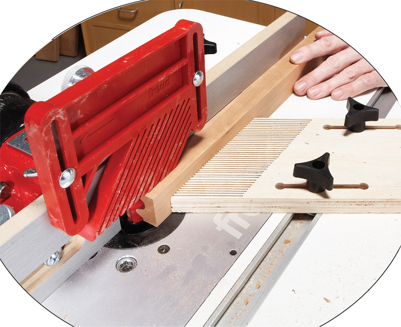 17 router tips popular woodworking magazine two featherboards ensure accuracy keyboard keysfo Image collections