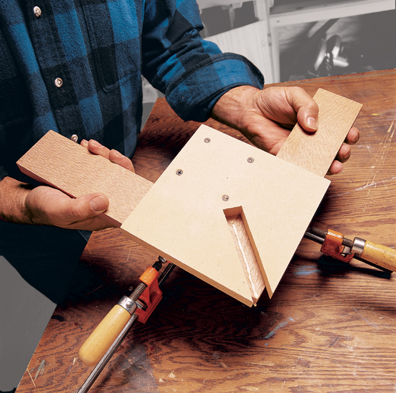 How To Glue Miters Top Diy Tips For Gluing Miter Joints