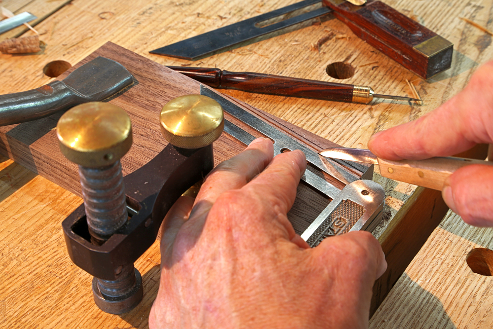 Hand Tool Woodworking Project - Popular Woodworking Magazine