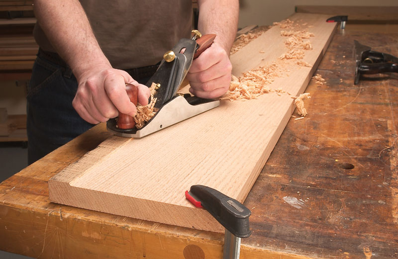 using electric planer
