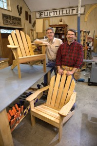 New Yankee Workshop Adirondack Chair – Out in the Elements
