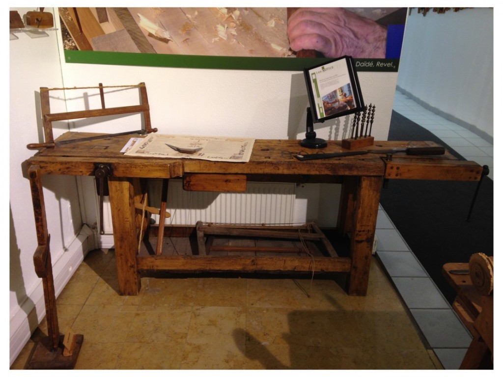 French-Work-Benches-2014-17