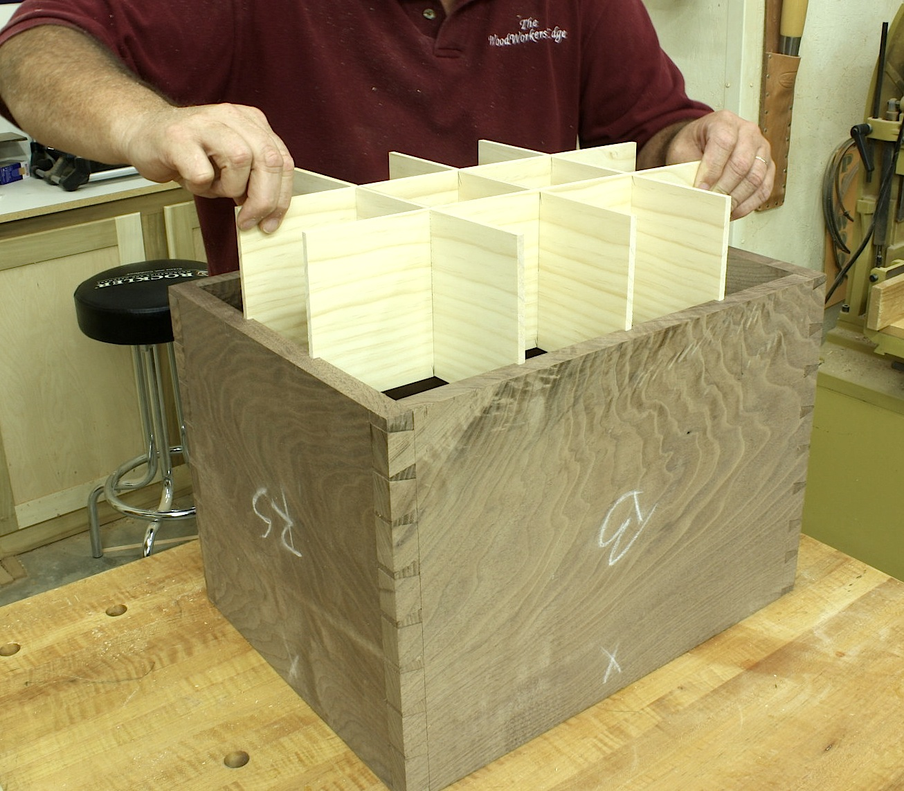 A Simple Jig For Bottle Dividers Egg Crate Joints