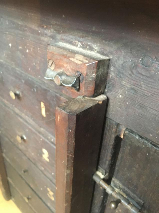 bench_drawers2_img_6840