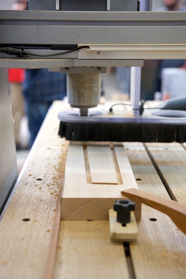 Making precise cuts on an angled table leg