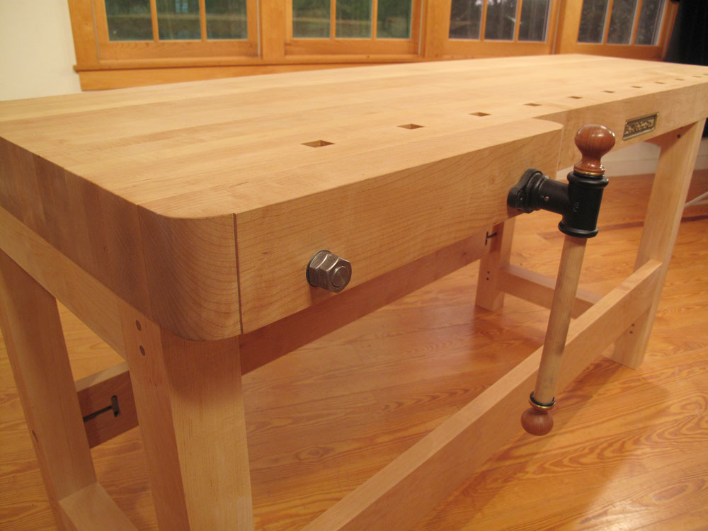 New Workbench from Lie-Nielsen Toolworks - Popular ...