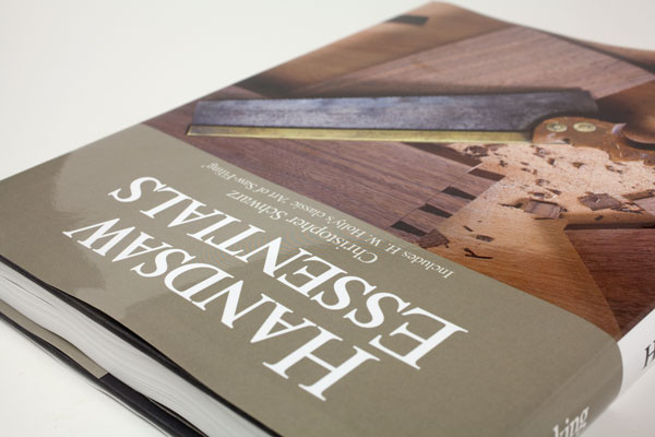 New Book! 'Handsaw Essentials' written by a lot of Woodworkers