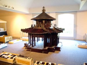 pavilion overall IMG 3648 300x225 800 Interlocking Wooden Parts, 8 Men, 1 Chinese Pavilion