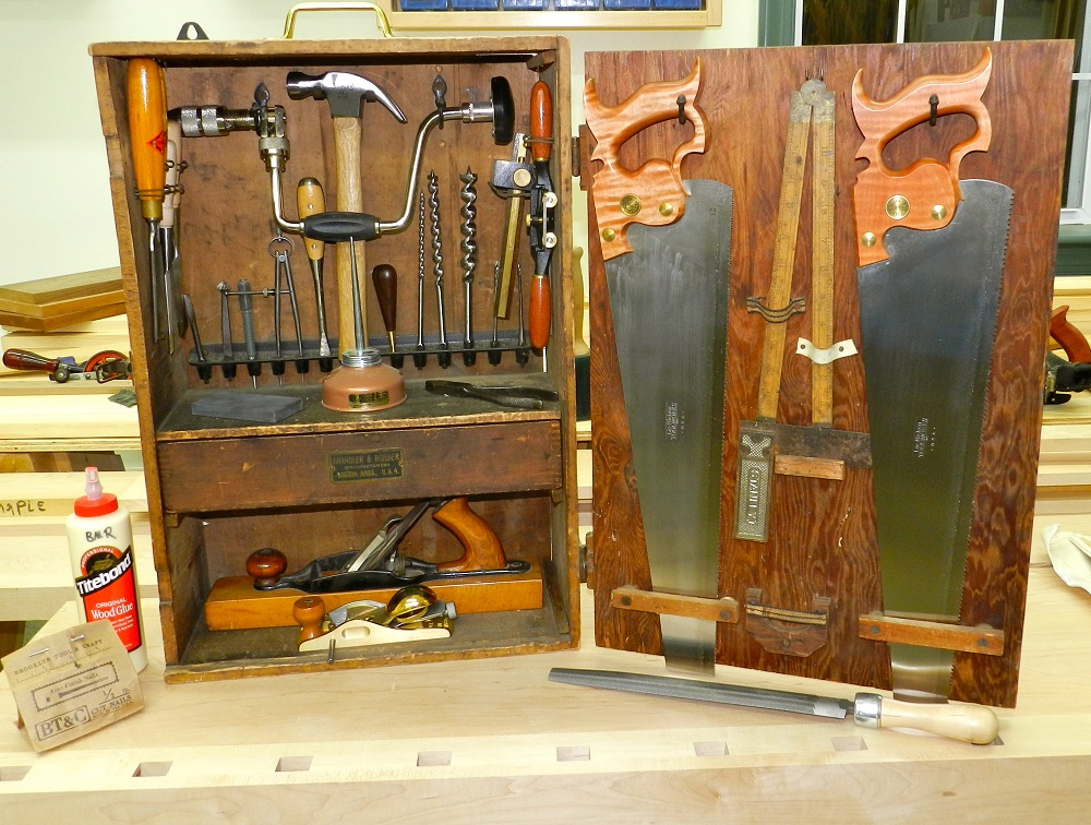 basic woodworking hand tools