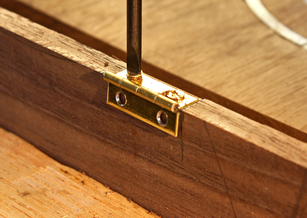 woodwork hinges