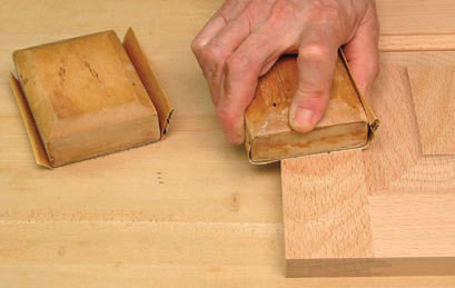 Finish and lacquer wood like a pro with these easy woodworking tips.